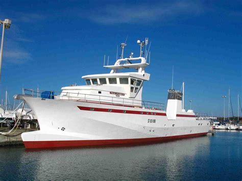 bureau stock bateaux de pêche