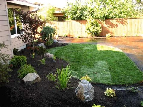 Large Backyard Landscaping - best 25 boulder landscape ideas on large