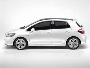 Avis Toyota Auris Hybride : toyota auris toyota prpare son auris pour lhybride ~ Gottalentnigeria.com Avis de Voitures