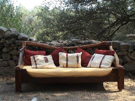 canape en bois photos canapé en bois flotté