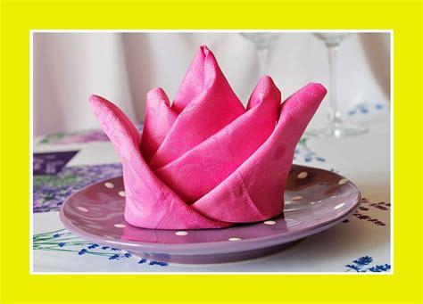 Tischdeko Servietten Falten servietten falten servietten servietten zu jedem