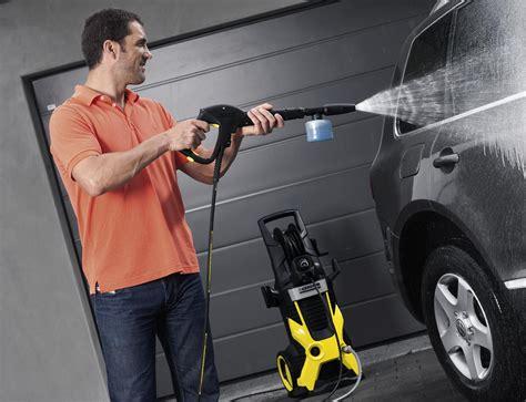 astuces pour bien nettoyer votre voiture avec un nettoyeur haute pression karcher