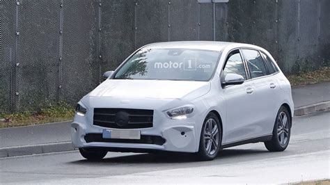 mercedes  class returns   revealing spy shots