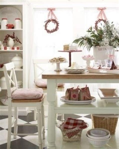 kitchen christmas ideas 40 cozy christmas kitchen d 233 cor ideas digsdigs