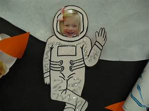 Astronaut Activities for Preschoolers (page 2) - Pics ...