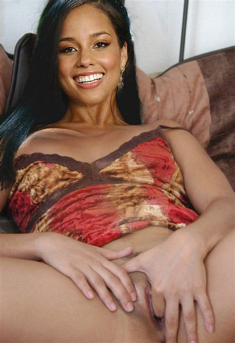 Alicia Keys Showing Her Pussy And Tits And Fucking Hard Pichunter