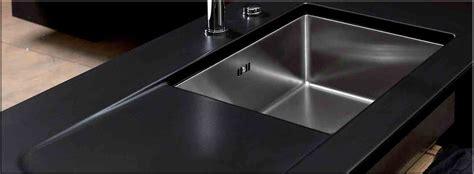plan de travail de cuisine en quartz nos plans de travail pour cuisines intégrées et équipées sur mesures le granit la lave la