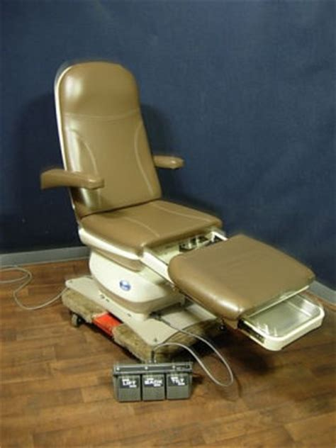 used mti 527 115 power programmable podiatry chair for