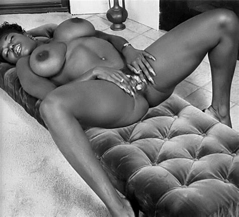 Ebony Ayes In Vintage Xxx Pics Pichunter Online Porn Video At Mobile