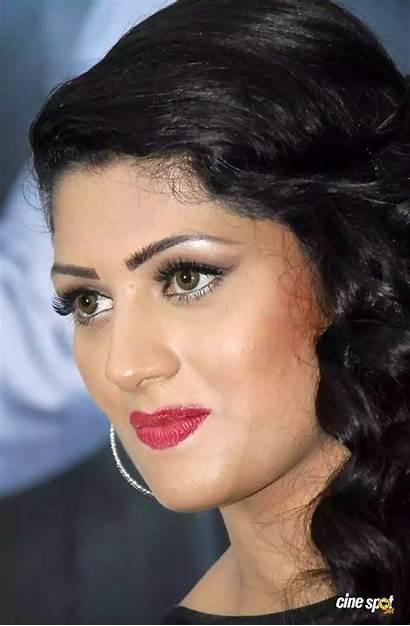 Radhika Kutty Kumaraswamy Kannada Actress Sweety Jodi