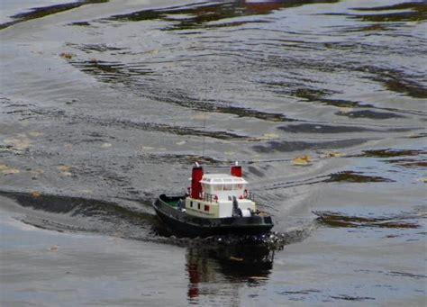 Speedboot Zonder Motor Te Koop by Nieuwe Rc Speedboot Kopen Modelbouwforum Nl