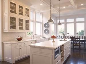Cocinas blancas con muebles de madera muy modernas