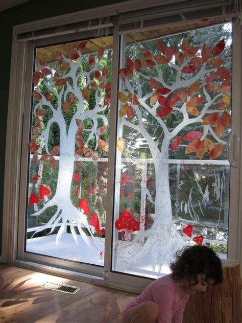 Herbstdeko Basteln Fenster by Gro 223 Formatige Fensterbilder Auf Glast 252 Ren Malen Ideen F 252 R