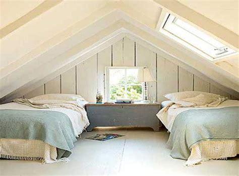 tips memanfaatkan loteng  desain kamar minimalis