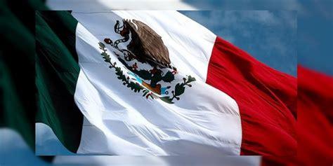 24 de Febrero Mexico celebra el Día de La Bandera Nacional ...