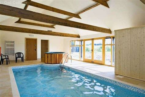 cottages with pool and tub owl cottage sotby lincolnshire lincolnshire wolds