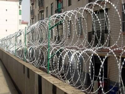 razor wire fence application samples  razor fence types
