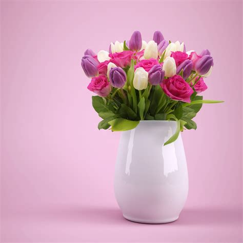 wallpaper flower bouquet roses colorful flower vase