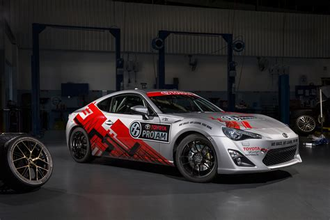 news toyota joins  supercars