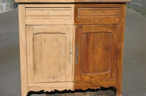 comment d 233 caper un meuble verni du bois franc 192 l oeuvre