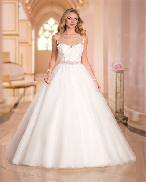 lace dress vestidos de noiva estilo princesa 2017