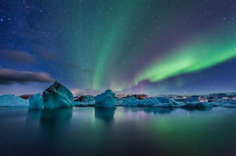 iceland northern lights photography holidays photographic adventure travel