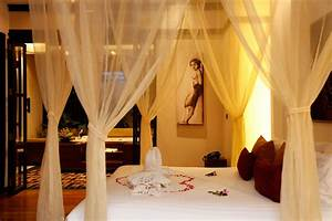 Romantic Bedroom Designs ideas for Honeymoon Surprise