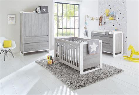 image chambre bebe pinolino chambre bébé curve lit commode armoire chambres bébé