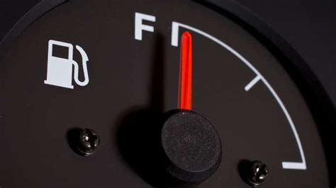 Fuel Mileage Cars by Gas Mileage Cars 6 Cheap Cars With Great Gas Mileage