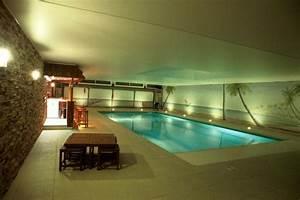piscine interieure faut il investir dans une piscine With construction maison avec piscine interieure
