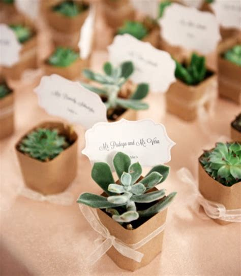 wedding guest gifts favor ideas  party fetti blog