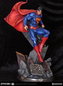 """New 52"" Superman 1:4 Scale Statue From Prime 1 