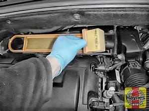 Changer Batterie C3 Picasso : citroen c3 picasso 2009 2014 1 4 air filter change haynes publishing ~ Medecine-chirurgie-esthetiques.com Avis de Voitures