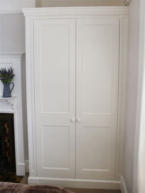 Style Wardrobes by Traditional And Contemporary Fitted Wardrobes