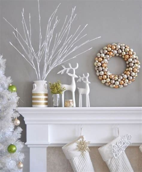 white and gold christmas decorations 44 refined gold and white christmas d 233 cor ideas digsdigs