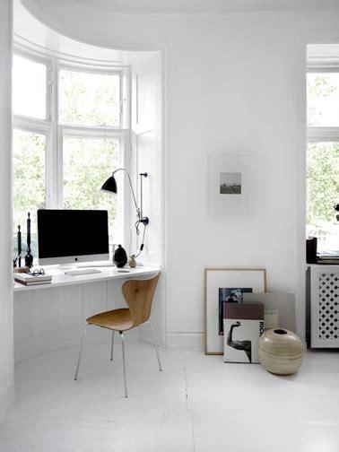 sous bureau aménagement d 39 un bureau dans un petit espace