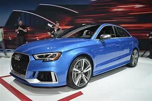Audi Rs 3 : 2018 audi rs3 sedan sound check and acceleration test autoevolution ~ Medecine-chirurgie-esthetiques.com Avis de Voitures
