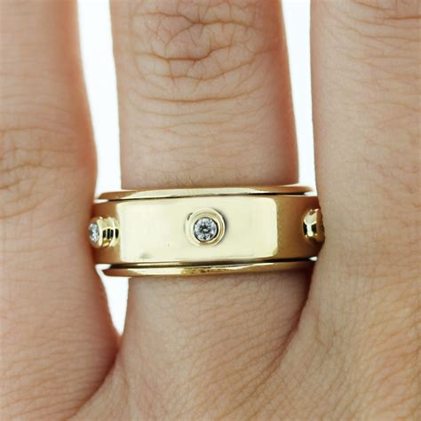 spinning ring on finger raymond jewelers
