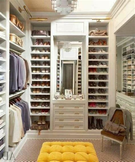 Das Ankleidezimmer Moderne Wohnideenankleideraum Im Schlafzimmer by Begehbarer Kleiderschrank Planen 50 Ankleidezimmer