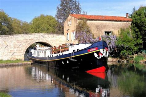 cuisine du midi relaxing barge trip along the canal du midi for a