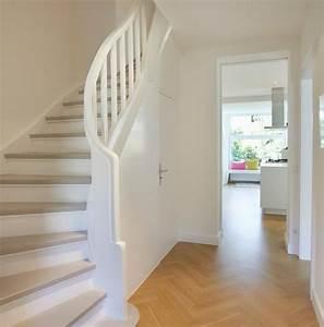 Treppenaufgang Mit Tür Verschließen : die besten 17 ideen zu treppenhaus auf pinterest geschlossene veranden treppe und offenes ~ Orissabook.com Haus und Dekorationen