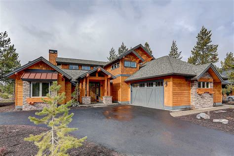 attractive mountain craftsman house plan  vaulted upstairs hu architectural designs