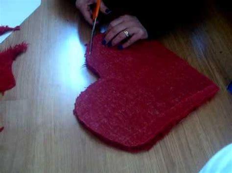 faire un coussin en forme de coeur pour la st valentin