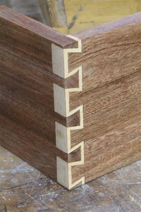 inlay dovetails woodworking holzarbeiten tischlerei intarsia holz