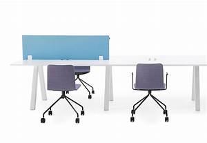 Schreibtisch Position Im Raum : frankie schreibtisch a leg von martela stylepark ~ Bigdaddyawards.com Haus und Dekorationen