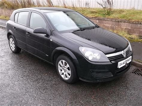 opel astra 2004 black 2004 vauxhall astra photos informations articles
