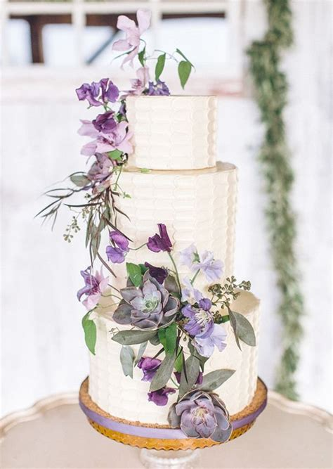 loveliest lavender wedding ideas   love deer