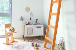 Farben Für Kinderzimmer : 10 tipps f r die farbwahl im kinderzimmer ~ Lizthompson.info Haus und Dekorationen