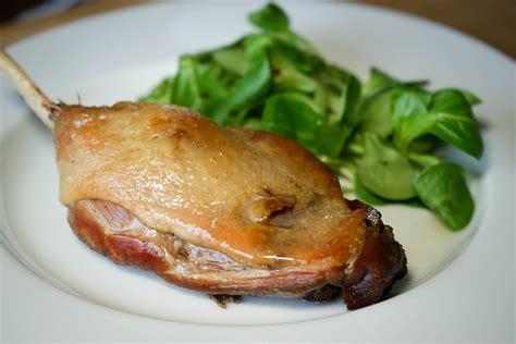 cuisiner des cuisses de canard confit de canard en 2 heures recette du confit canard simplifié cuisses de canard confites