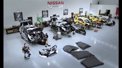 todd gives the inside story the altima v8 supercar engine nissan newsroom